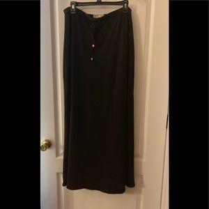 Micheal Kors Black maxi skirt size 1X like new